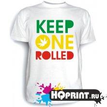 Футболка Keep one rolled